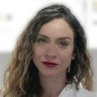 Dña. Natalia Losana